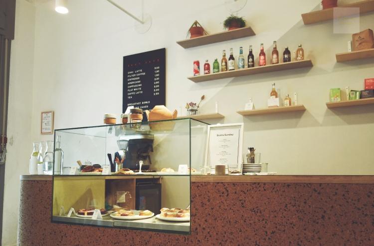 semmelsöndag på okay café